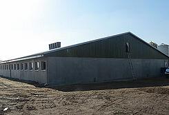 Nowa chlewnia dla odchowu prosiąt z nowoczesnym wyposażeniem i systemami żywienia na sucho oraz klimatu